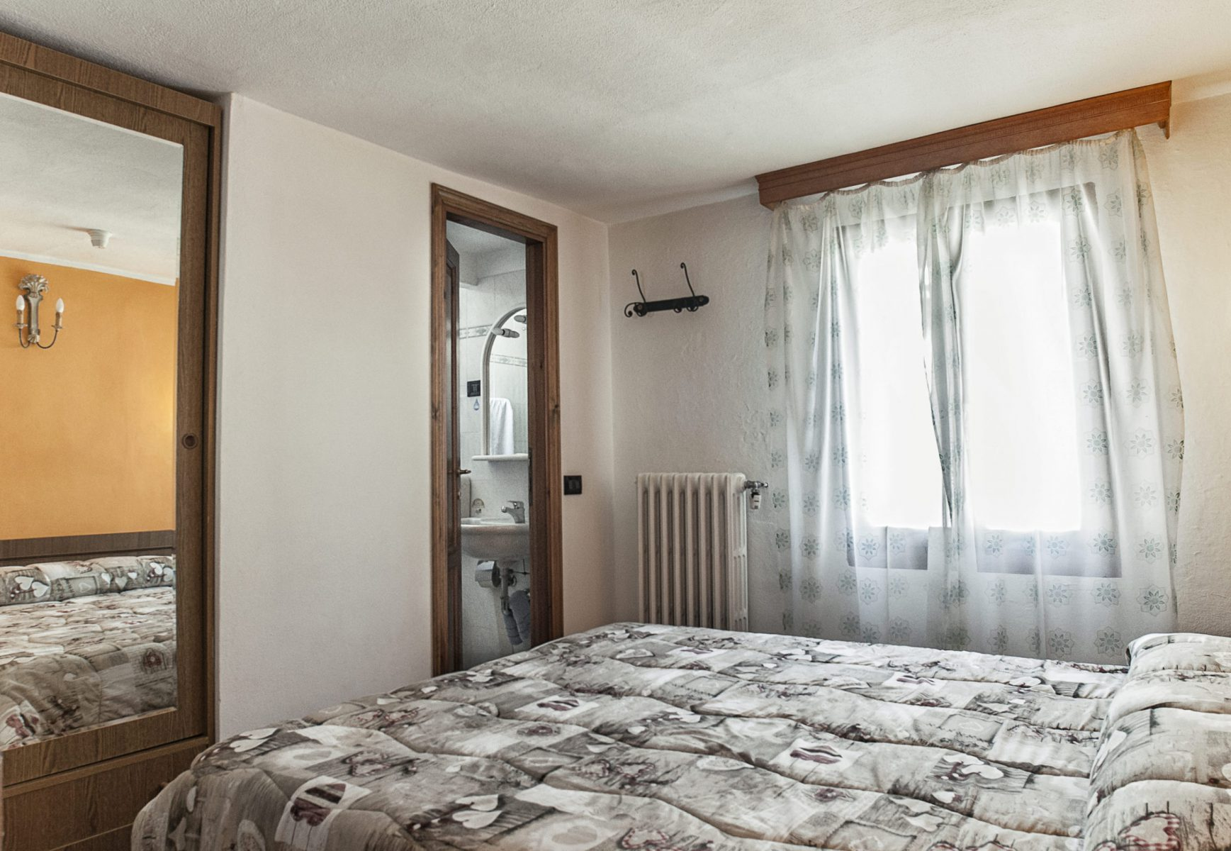 albergoguerri-7-scaled-e1585751084332
